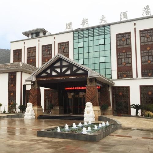 酒店大门雕塑建筑工程